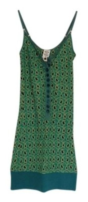 Preload https://item5.tradesy.com/images/free-people-green-button-down-tank-topcami-size-0-xs-129569-0-0.jpg?width=400&height=650