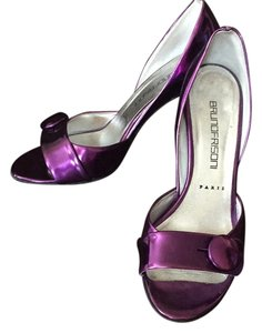 Bruno Frisoni Metallic purple Pumps