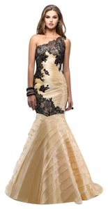 Maggie Sottero Light Gold/ Black Organza/ Lace Flirt P2670 Formal Bridesmaid/Mob Dress Size 8 (M)