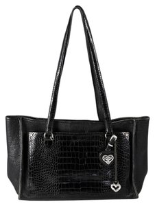 Brighton Pebbled Leather Outer Pocket Shoulder Bag
