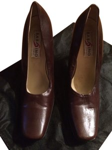 Sabatino Brown Pumps