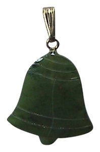 Vintage 14k Yellow Gold BELL Jade pendant