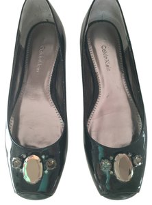 Calvin Klein Stylish New Comfortable Well Known Designer BLACK PATENT LEATHER Pumps