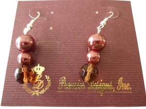 Premier Designs Beautiful New on Card Premier Designs Mahogany Earrings Faux Pearls Beads HTF