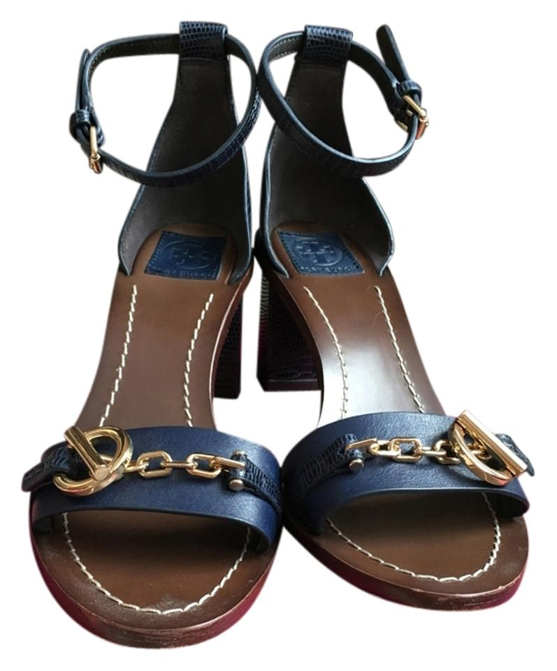 bb6efefe4 Tory Burch Navy Toggle Sandals Size US 7.5 - Tradesy
