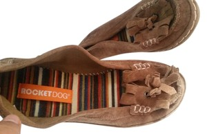 Rocket Dog Tan Flats