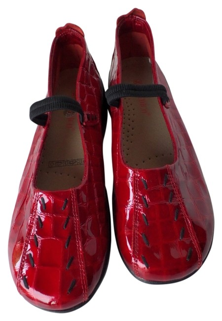 Item - Red Patent Leather Mary Jane Flats Size US 10 Regular (M, B)