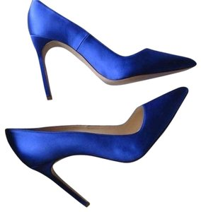 Manolo Blahnik Size 36 Bb Blue Bb Royal Blue Pumps