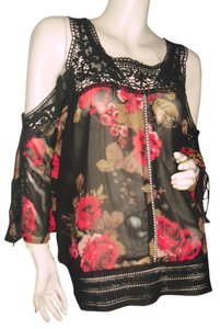 Guess Top black w red roses