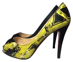 Christian Louboutin black / yellow Pumps