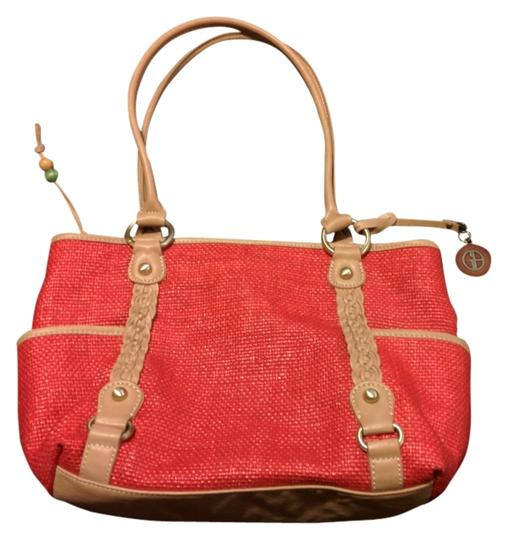 Preload https://item3.tradesy.com/images/giani-bernini-shoulder-bag-red-1297942-0-0.jpg?width=440&height=440