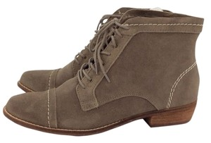 Dolce Vita Sylo Suede Taupe Boots