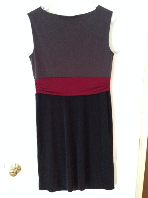 Motherhood Maternity Motherhood Maternity Eggplant/Maroon/Black Dress Size S Knee Length Dress