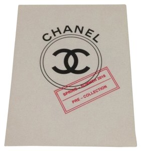 Chanel Spring Summer 2016 Pre Collection Photos With Folder