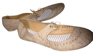 Girl Mia Cut Out Tan Flats