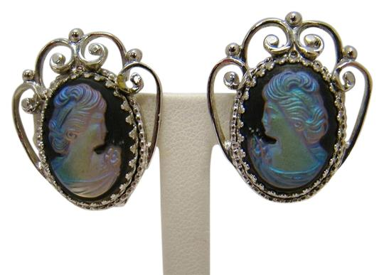 WHITING & DAVIS CO VINTAGE WHITING & DAVIS CO IRIDESCENT GLASS CAMEO EARRINGS FILIGREE SILVERTONE Image 0