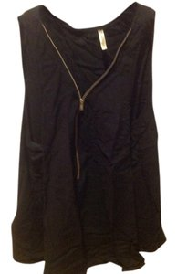 Honey Punch Front Zipper Slight Halter Sleeveless Top Black