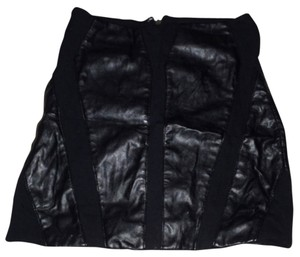 bebe Leather Fullbackzipper Versatile Edgy Mini Skirt black