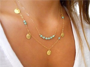 Sabella Pretty turquoise and gold necklace, perfect for spring and summer