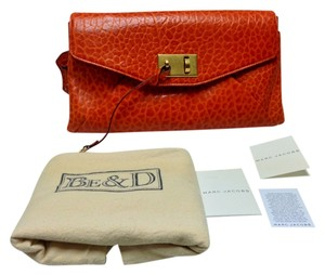 Marc Jacobs Garbo Celebrity Favorite Orange Clutch