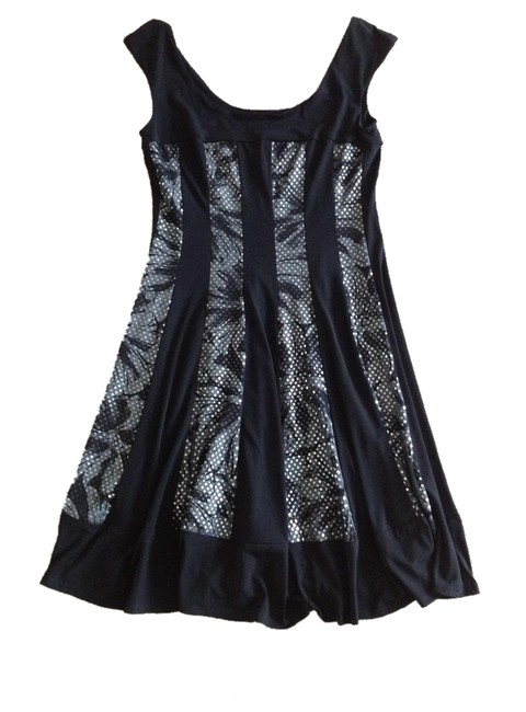 Preload https://item5.tradesy.com/images/connected-apparel-black-gray-sequin-floral-detail-knee-length-night-out-dress-size-6-s-1298854-0-0.jpg?width=400&height=650