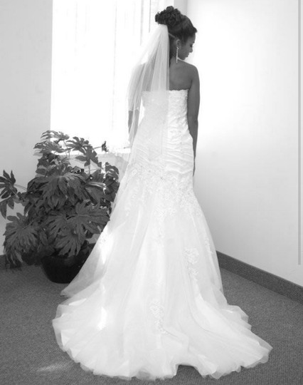 White. Silver Embellished Veil And Modern Wedding Dress Size 2 (XS)