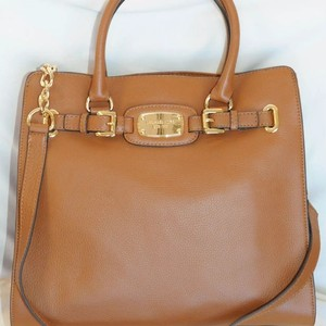 MICHAEL Michael Kors Tote in Luggage Brown