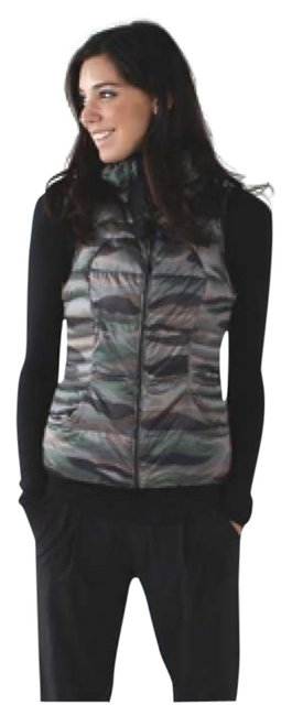 Item - Coast Camo Butter Pink Multi Fluffin Awesome Activewear Outerwear Size 6 (S, 28)