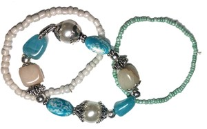 New 3 piece stretch Bracelet Set Turquoise White Silver Cute J342