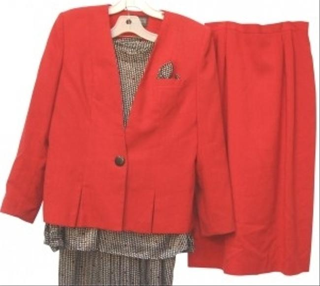 Preload https://item1.tradesy.com/images/redgrey-4-piece-2-jacket-blouse-skirt-suit-size-10-m-129970-0-0.jpg?width=400&height=650