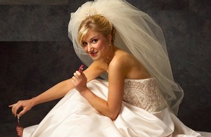 J.L. Johnson Bridals White Double Bubble Elbow Length Wedding Veil V4900