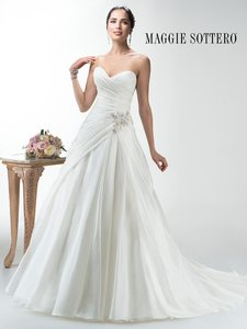 Maggie Sottero Leah Wedding Dress