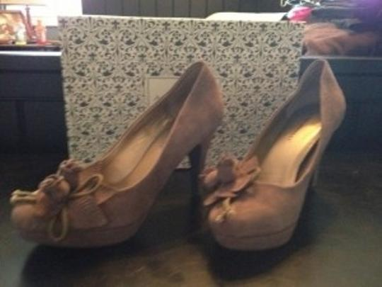 A. Marinelli taupe Pumps