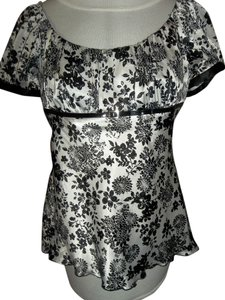 Studio Y Floral Satin Black White Top Black/White