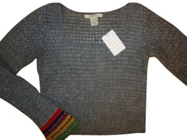 Preload https://img-static.tradesy.com/item/130/free-people-grey-with-rainbow-sleeves-sweaterpullover-size-4-s-0-0-650-650.jpg