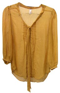 Xhilaration Top mustard yellow