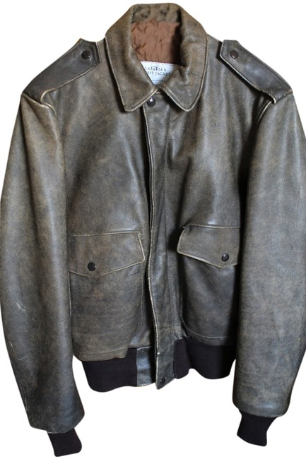 Preload https://item4.tradesy.com/images/schott-nyc-vintage-flight-distressed-brown-leather-jacket-1300418-0-0.jpg?width=400&height=650