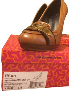 Tory Burch New Cognac/Tory Navey Pumps