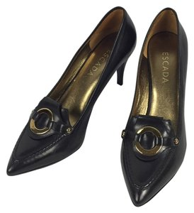 Escada Black Pumps