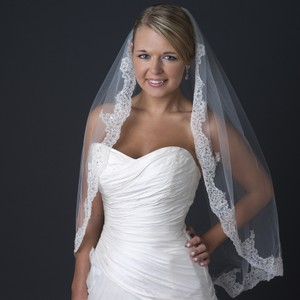 Elegance By Carbonneau Ivory Lace Edge Wedding Veil