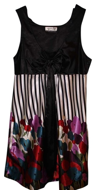 Preload https://item3.tradesy.com/images/sugar-lips-silk-bow-dress-black-white-floral-130107-0-0.jpg?width=400&height=650