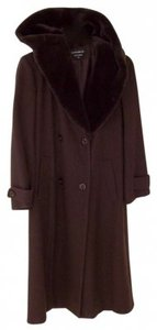 Donnybrook A Stand-out Looking That Never Goes Out Of Style. Hooded Perfect In Cold Weather. Trench Coat