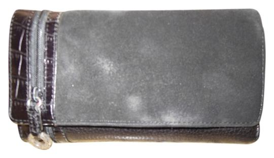 Preload https://item5.tradesy.com/images/brighton-black-leather-and-suede-wallet-1301844-0-0.jpg?width=440&height=440