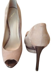 B Brian Atwood Suede Leather Taupe/Chocolate Snakeskin Pumps
