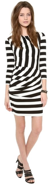 Preload https://item2.tradesy.com/images/juicy-couture-black-and-white-stripe-promenade-above-knee-night-out-dress-size-8-m-1301976-0-0.jpg?width=400&height=650