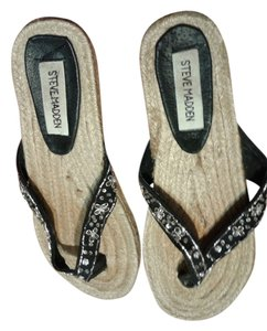 Steve Madden black/tan Sandals