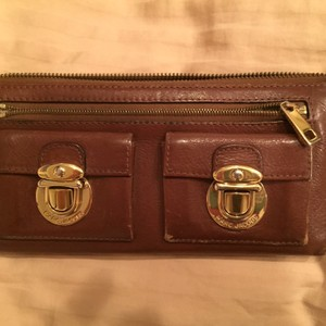 Marc Jacobs Marc Jacobs Buckle Large Wallet