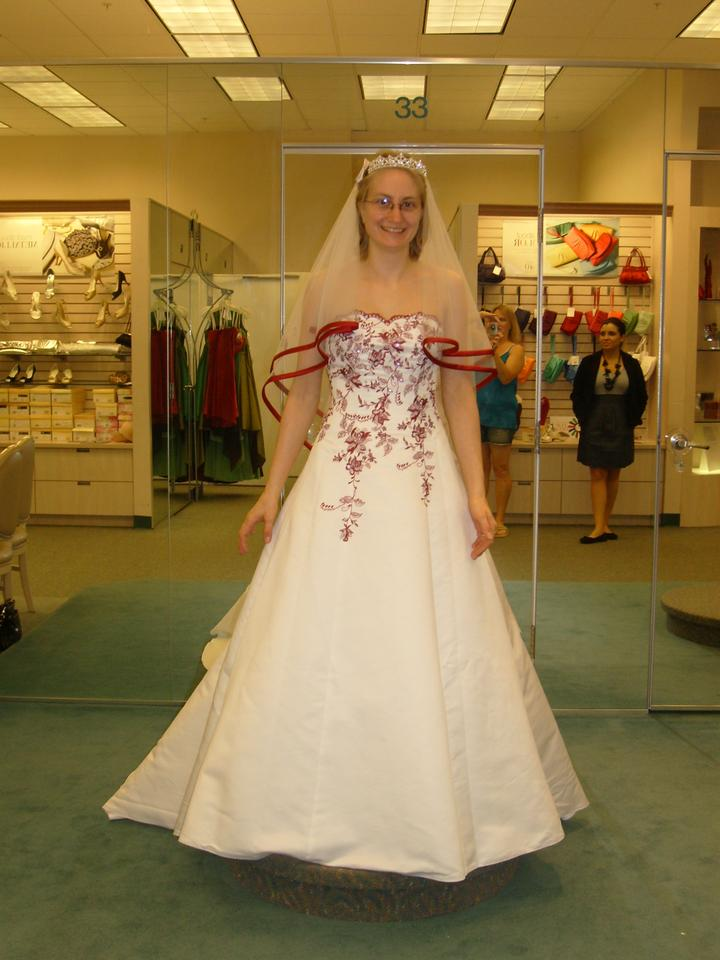 05a5648db15 David s Bridal White and Apple Polyester T8763r Vintage Wedding Dress Size  4 (S) Image ...