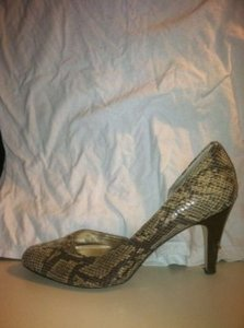 Anne Klein Size 7 Size 7.5 Snake Skin, Animal Print Pumps