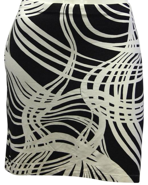 Moda International Patterned Black And White Size S Skirt lovely